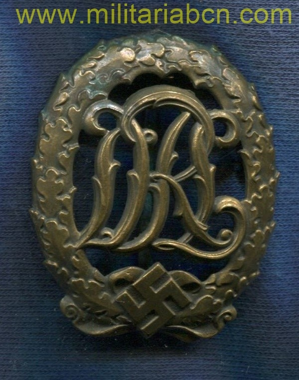 Germany III Reich. Military Sports Badge Title DRL. Bronze. Without markings. Deutsches Reichsabzeichen für Leibesübungen. German award second world war.