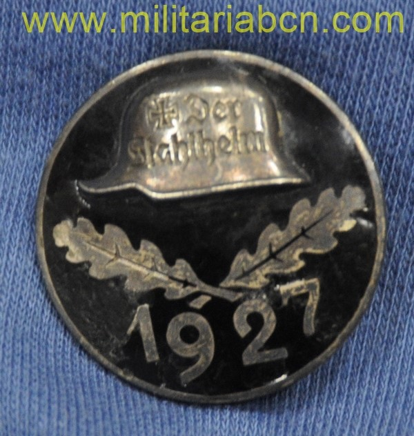 Germany III Reich. Conmemorative badge of the Stahlhelm 1929. Stahlhelmbund Diensteintrittsabzeichen 1927.  III Reich medal.