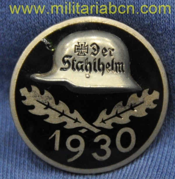 Germany III Reich. Conmemorative badge of the Stahlhelm 1930. Stahlhelmbund Diensteintrittsabzeichen 1930. Marked. 30 mm.