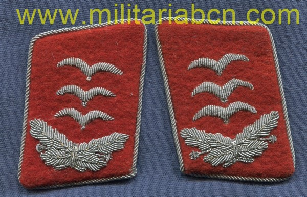 Germany III Reich. Collar badges of Captain of the Flak of the Luftwaffe