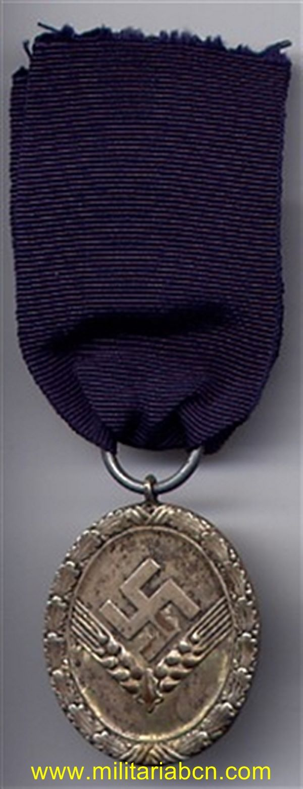 Germany III Reich.  Medal for Service in the RAD. 12 Years. For women. RAD Dienstauszeichnung für weibliche Jugend 3. Stufe in Bronze