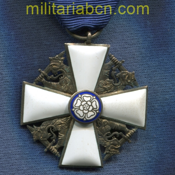 Finland. Order of the White Rose of Finland. Officer or Knight Cross of 1st Class. militariabcn.com