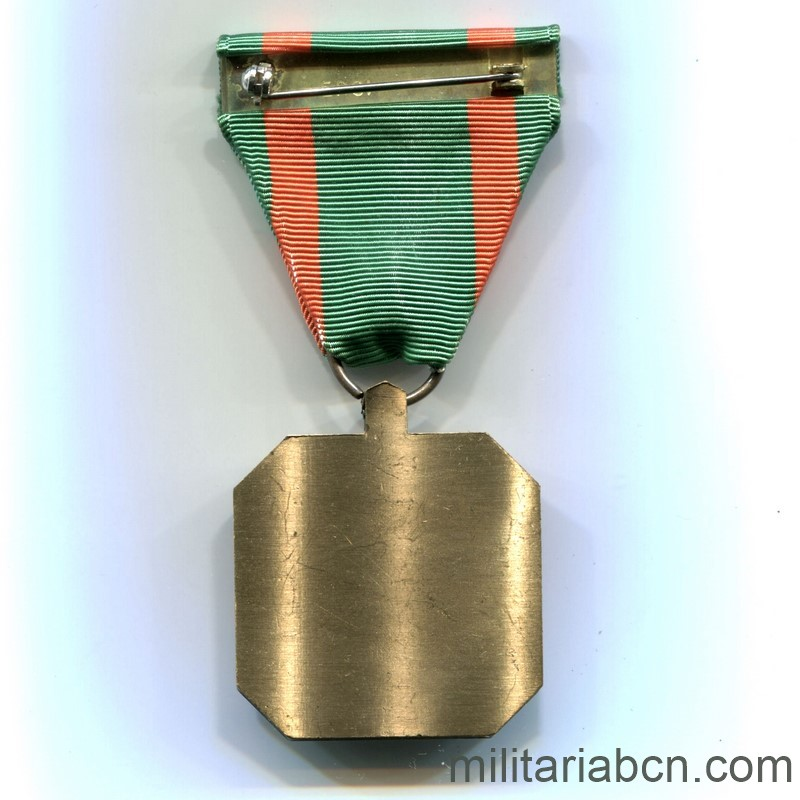 Militaria Barcelona USA. Navy Achievement Medal.  ribbon reverse