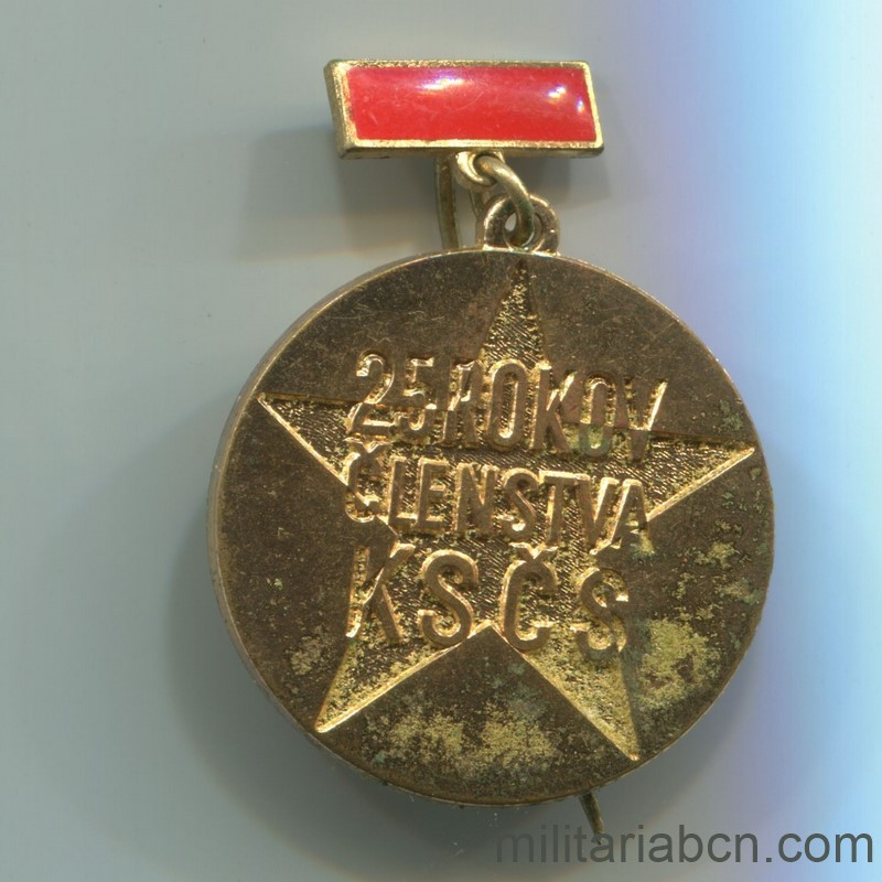 Militaria Barcelona Medal for 25 Years of militant of the KSCS Communist Party of Czechoslovakia