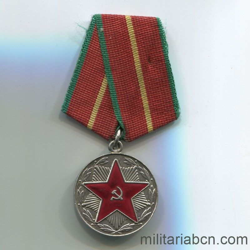 ussr soviet union medal for irreproachable service moop 1st class 20 years