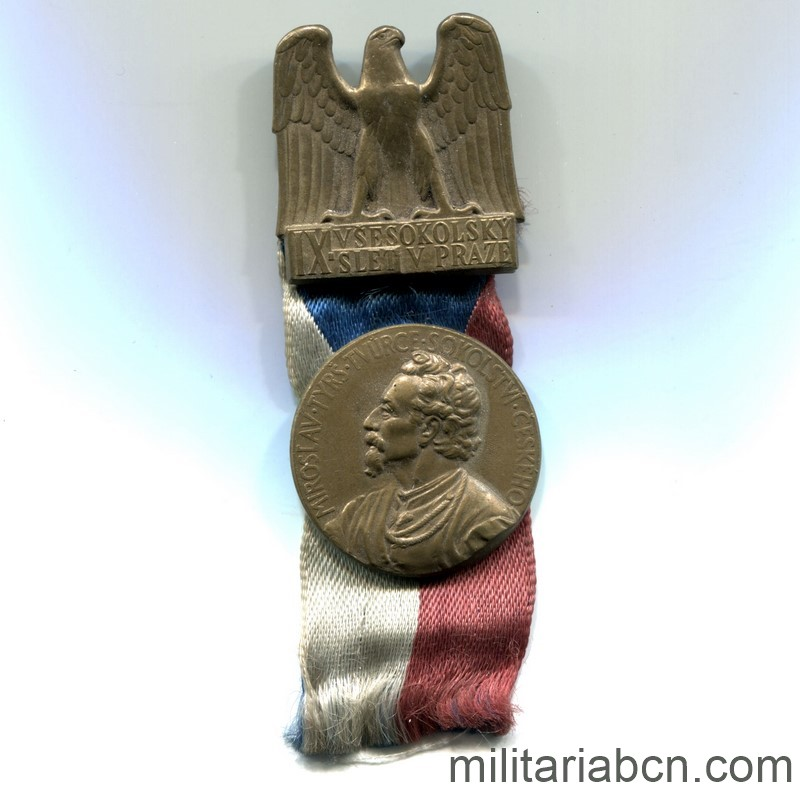 Militaria Barcelon Czechoslovak Republic 1918-1938 Sokol badge