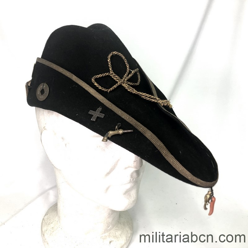 Militaria Barcelona Cap of GUF Fascist Gruppo Universitario. Years 20 and 30. Organization of university adheres to PNF Fascist Partito Nazioale of the Benito Mussolini.
