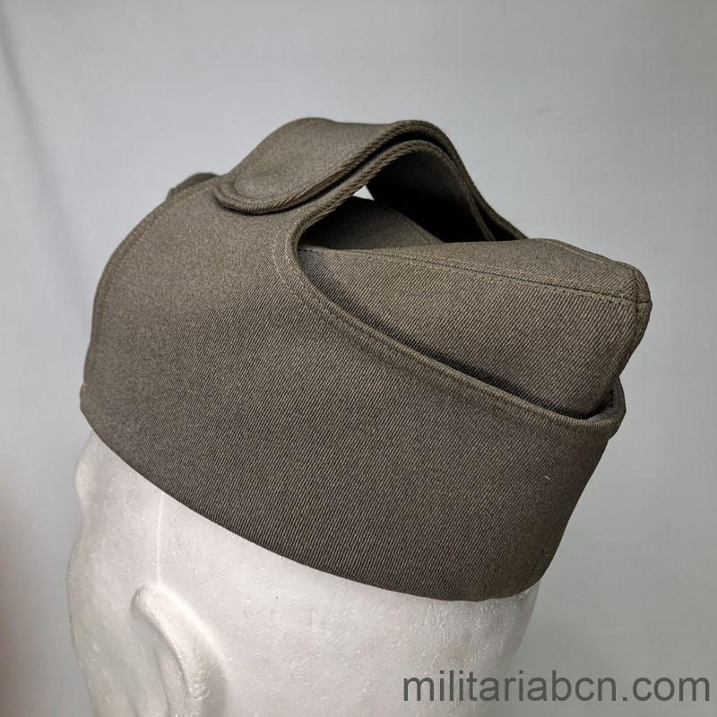 Militaria Barcelona Cap or Italian Bustina of Lieutenant Colonel of Infantry. Spanish Civil War and World War 2. Period Vittorio Emanuele III. Manufactured by L. Beretta & Co. back