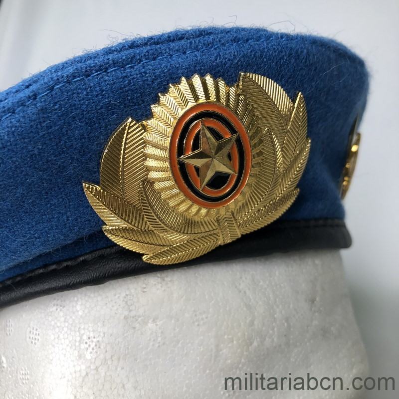 Militaria Barcelona Russia. Russian Federation. Airborne Beret. badge 12