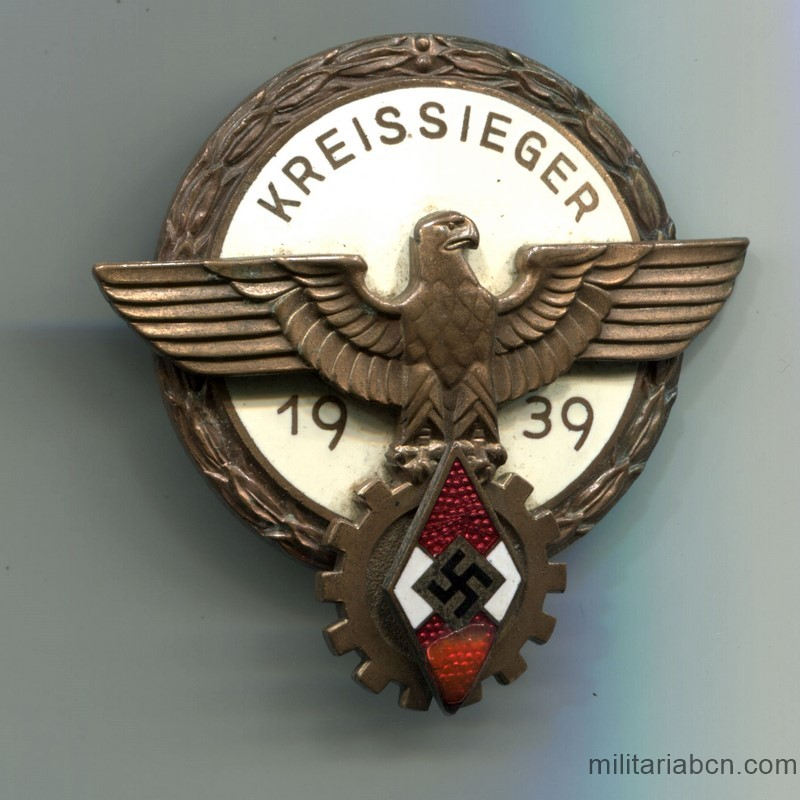 Germany III Reich.  Kreissieger Sports Badge 1939.  HJ Hitlerjugend Kreis level national trade dompetition badge   Made by Ferd. Wagner Pforzheim.