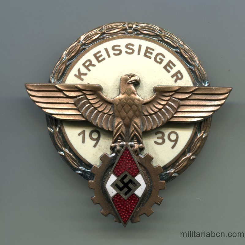 Germany III Reich.  Kreissieger Sports Badge 1939.  HJ Hitlerjugend Kreis level national trade competition badge   Manufactured by H Aurich Dresden A-16.  Kreissieger im Reichsberufswettkampf 1939