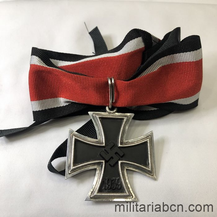 Germany III Reich. Knight's Cross of the Iron Cross. High quality reproduction of the 70s