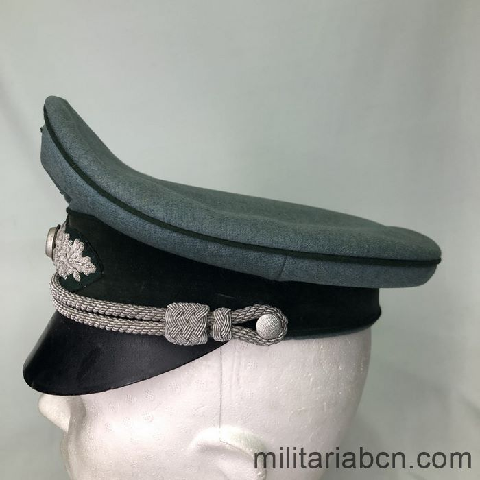 Germany III Reich. Officer's visor cap of the Heer Landfordtmeister. Forest Guards of the Heer.  left