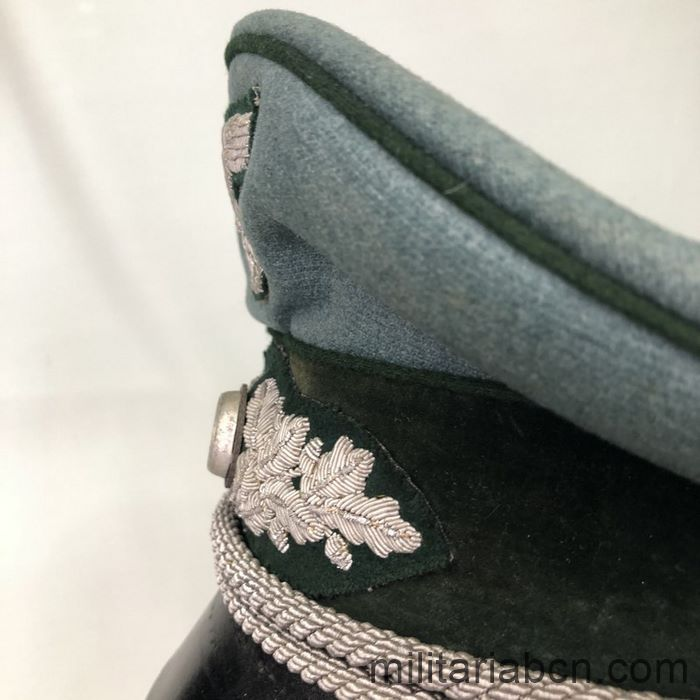 Germany III Reich. Officer's visor cap of the Heer Landfordtmeister. Forest Guards of the Heer.  left detail