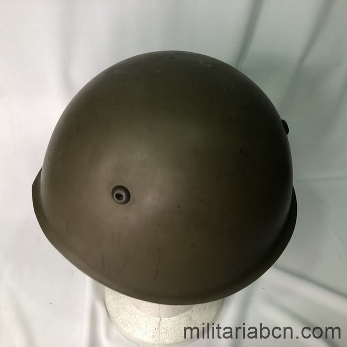 Italy. Postwar 1933 model helmet. Size 58. M83 marking. top