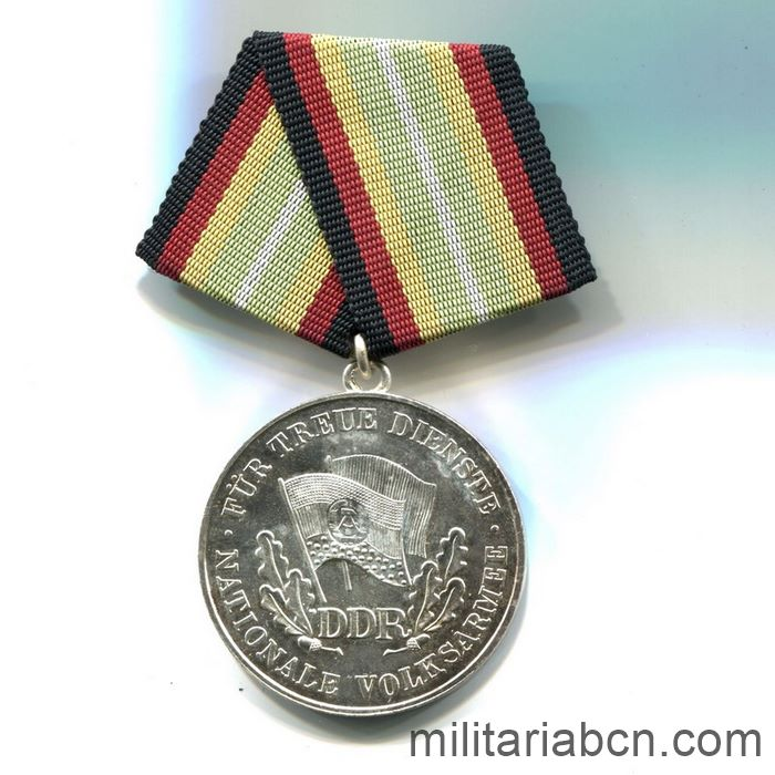 DDR. Medal For Faithful Service in the National People's Army NVA. Siver version. 100 years. Medaille für treue Dienste in der Nationalen Volksarmee. ribbon