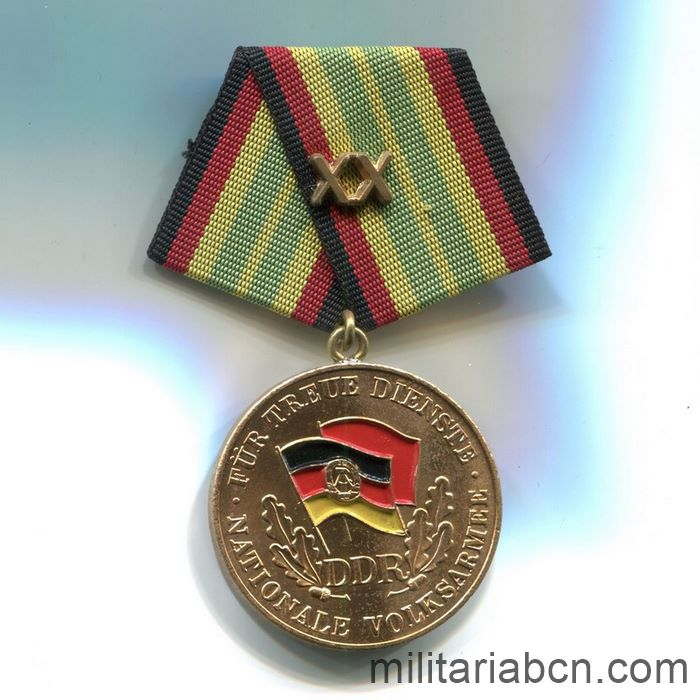 DDR.Medal For Faithful Service in the National People's Army NVA. Gold version. 20 years. Medaille für treue Dienste in der Nationalen Volksarmee. ribbon