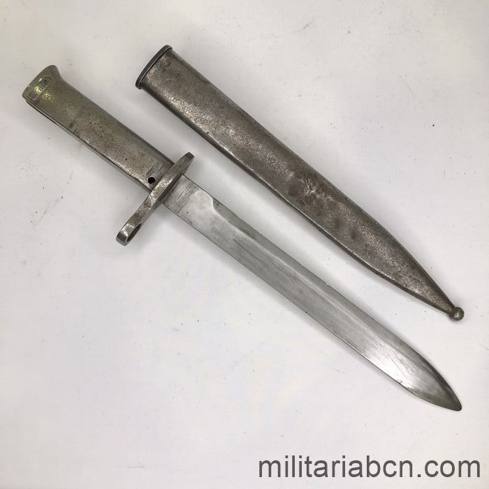 Germany. Bayonet model 1888 Ersatz. Used in the First World War. Used by Turkey. open